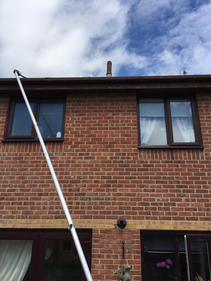Gutter Vacuum Willis Wishy Washy Windows Deeside